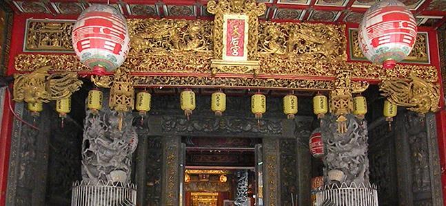 位於西門町內香火鼎盛,是萬華的重要寺廟