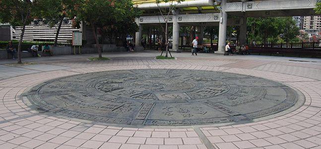 艋舺公園祈福圖騰
