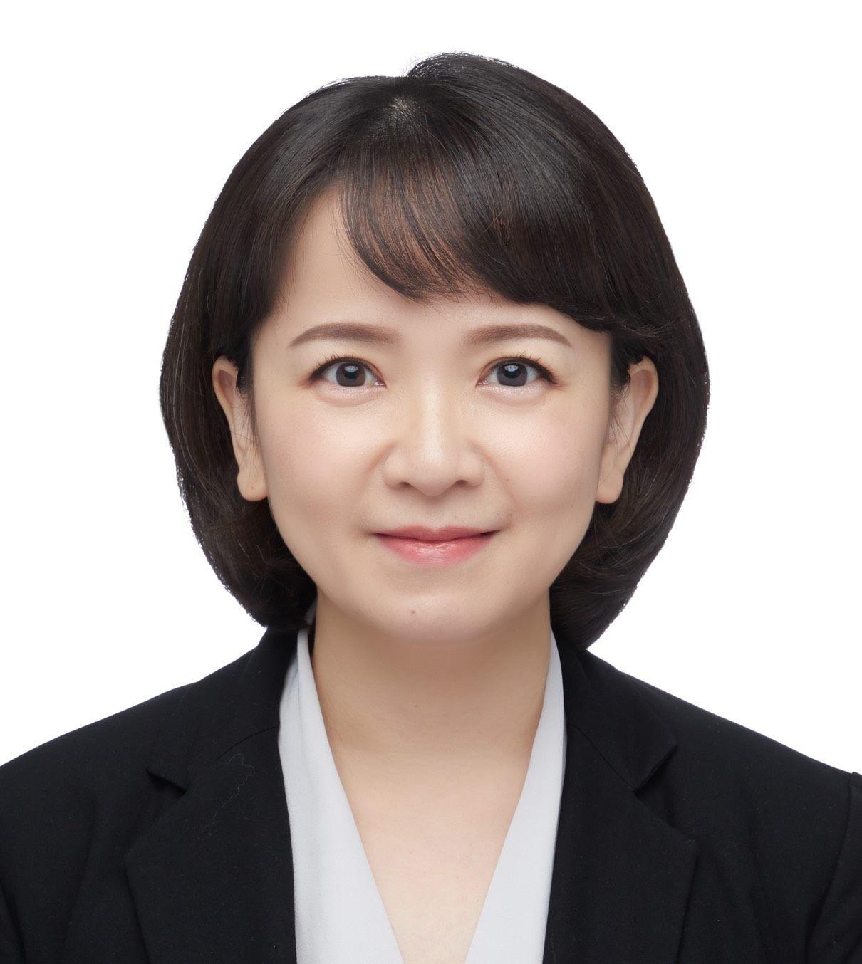 Commissioner of Finance (Ms. Jia-Jen Chen) Profile