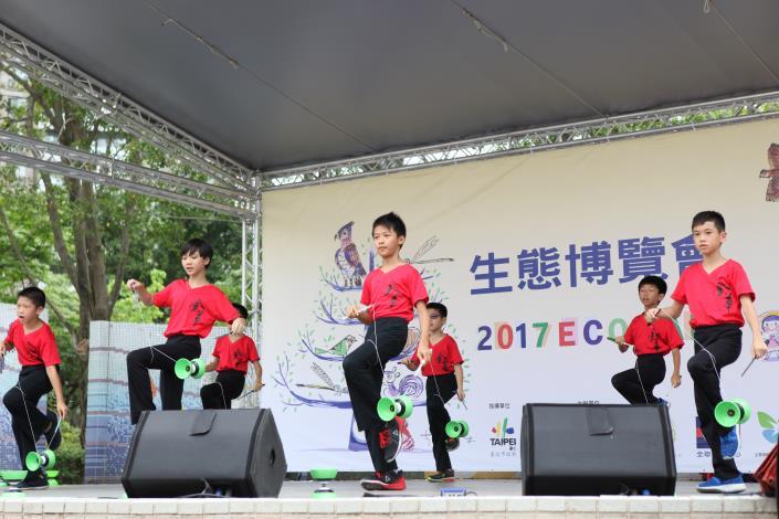 金華國小扯鈴活動精彩又有朝氣[開啟新連結]