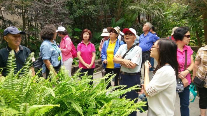 圖5 .臺北典藏植物園導覽解說