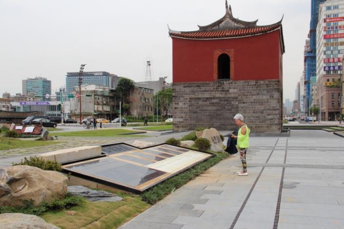 照片5.解說場域讓民眾閱讀台北城歷史軌跡
