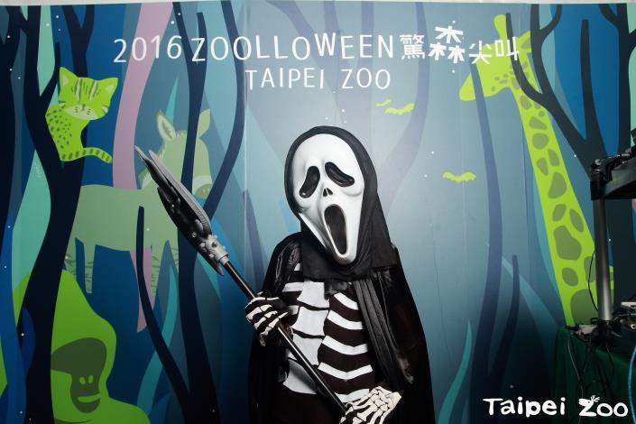 「勸世動物園」展期自即日起到11月12日(週日),邀請大家一起來保育海洋環境!