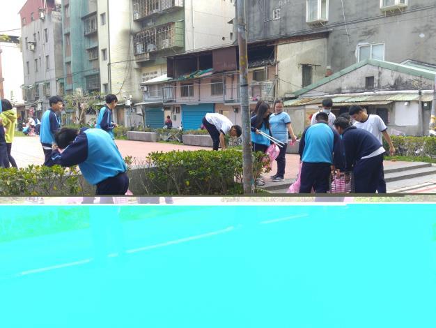 美仁里108年美仁1.2號公園打掃