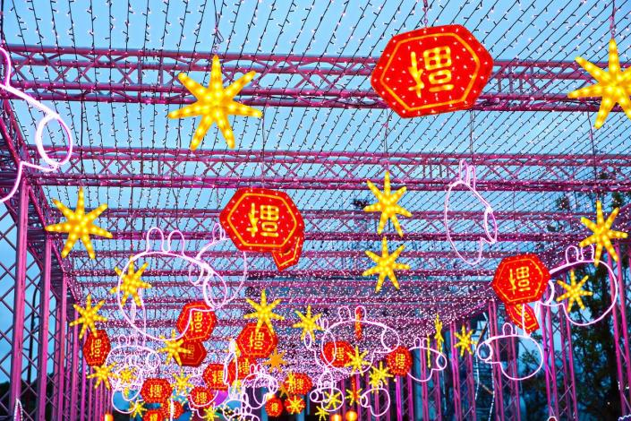 Taipei Festival of Lights_Light Sea Tunnel