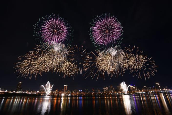 2020 Dadaocheng Valentine's Day Fireworks 010