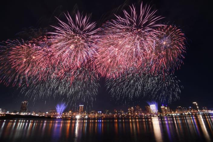 2020 Dadaocheng Valentine's Day Fireworks 006