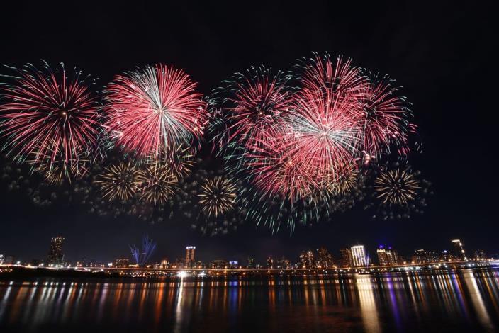 2020 Dadaocheng Valentine's Day Fireworks 008