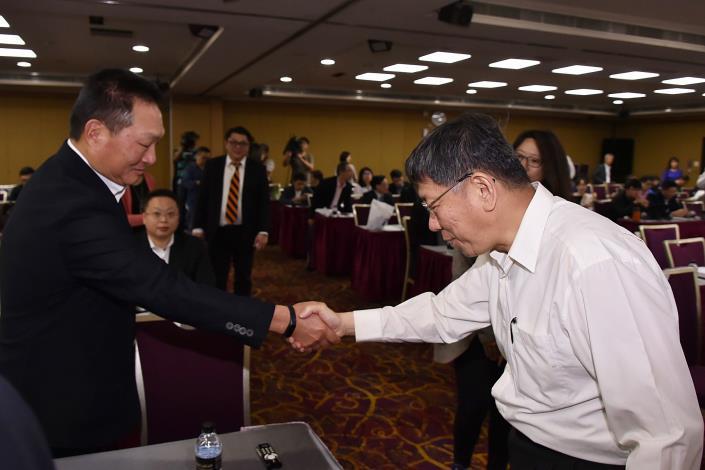 出席「智慧支付數位化」論壇分享人生觀  柯文哲:應思考如何重建臺灣的政治價值