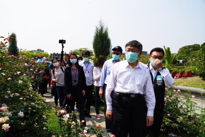 1090325_01_100_新生公園玫瑰花展開幕_劉佳雯攝_新生公園