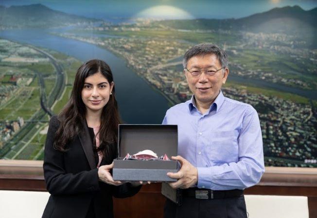 1100304_尼加拉瓜共和國李蜜娜大使拜會柯市長