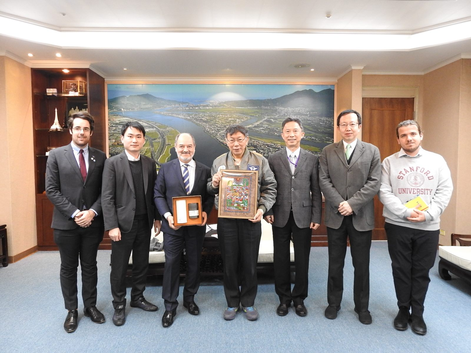 1090217_Mr. Martin Torres, Head of the Mexican Trade Services Documentation and Cultural Office in Taiwan, visited Mayor Ko.