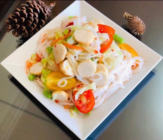 寮國美食 涼拌米線