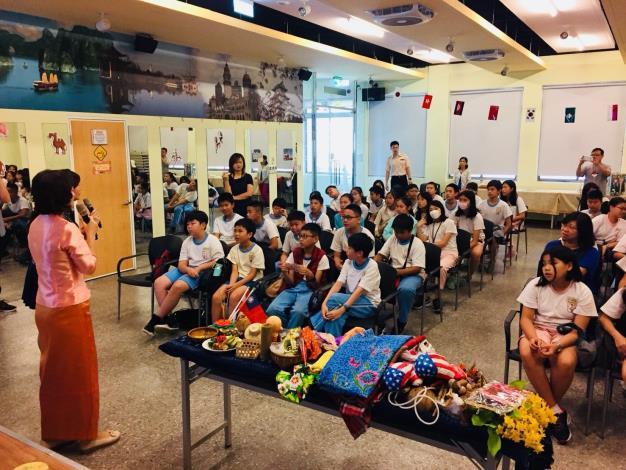 14.泰國新移民老師分享泰國文化[開啟新連結]