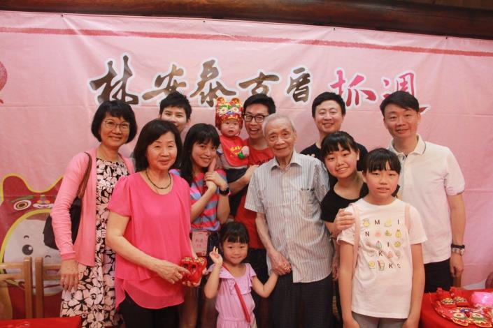 國寶級大師陳輝教授闔家歡喜參與