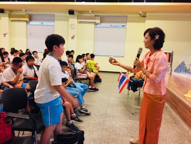 6.Students can also speak the Thai language[Open in new window]