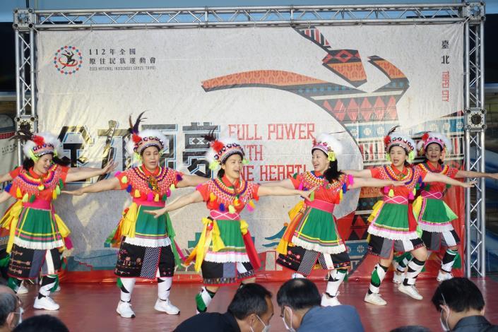 開場表演-傳統樂舞.JPG