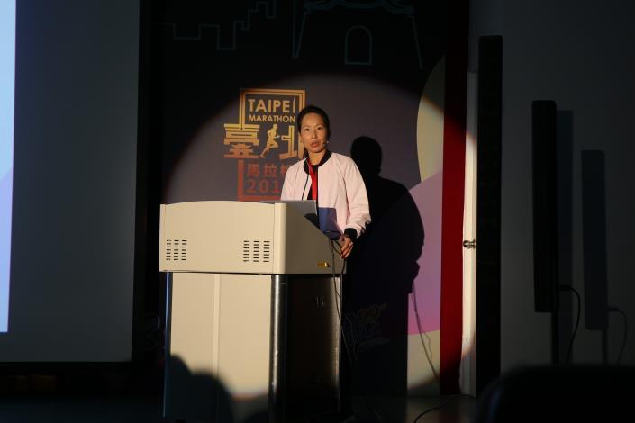 臺北馬拉松講者-中華民國路跑協會曾姿燕主任