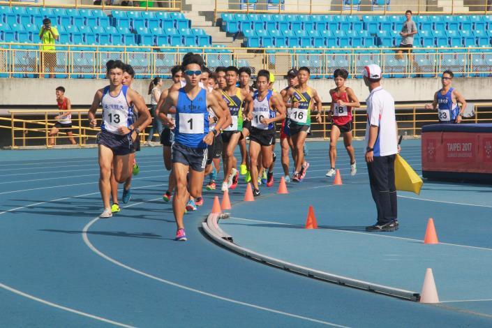 徑賽-男子組5000公尺.JPG