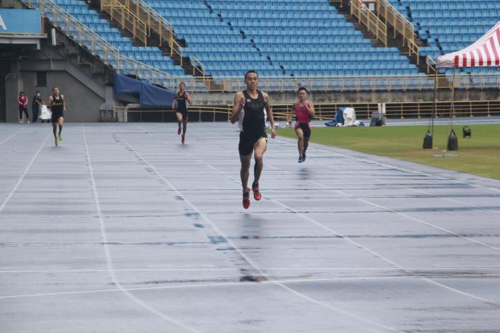 徑賽-高中男子200公尺.JPG