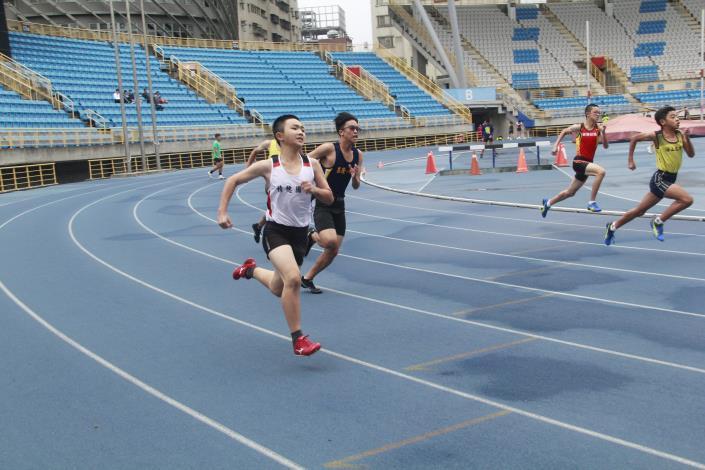 徑賽-國中男200公尺.JPG