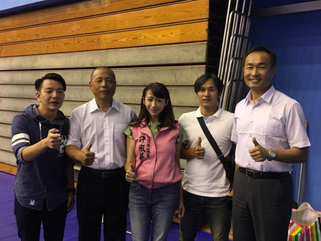Picture of Taipei Councilors Xu and Commissioner Li