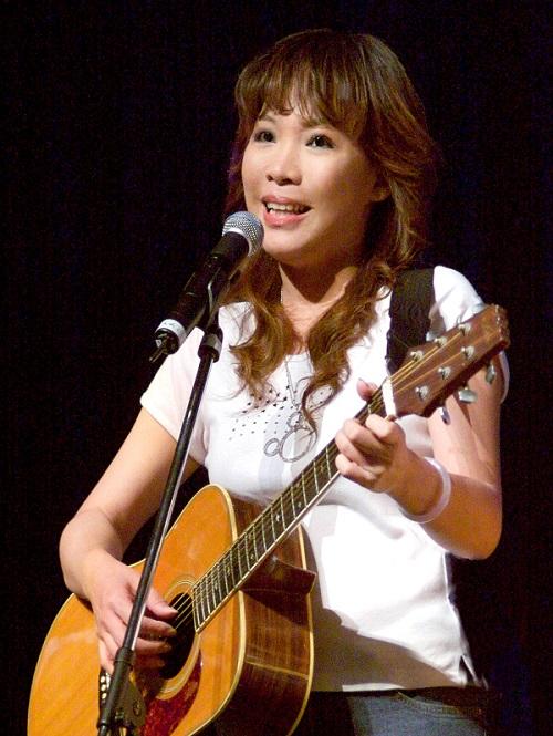 曾獲金韻獎冠軍的歌手王海玲,將帶民眾重返清新自然的民歌時期。