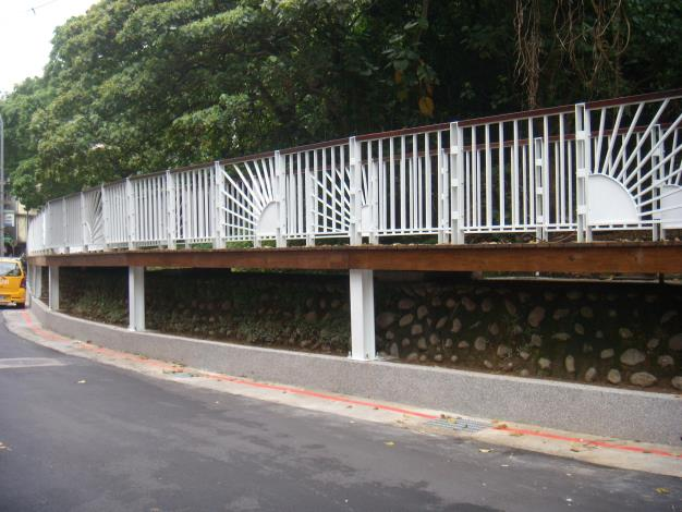 AC路面、道路側溝及花台