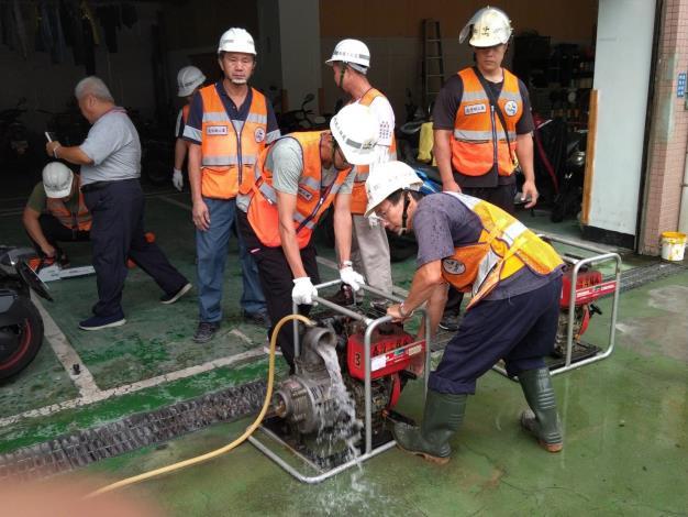 防汛整備-抽水機測試01