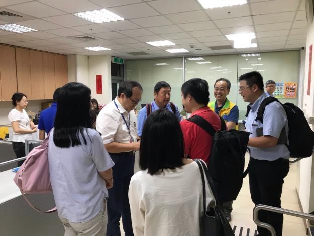 01水特局參訪人員受到道管中心主任熱烈歡迎