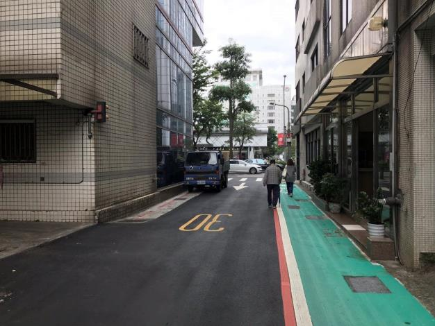 04松山區復勢里光復北路80巷本線溝蓋及路面(更新後1)