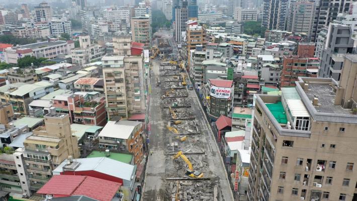 圖9中正橋引道重慶南路高架橋拆除現況-7
