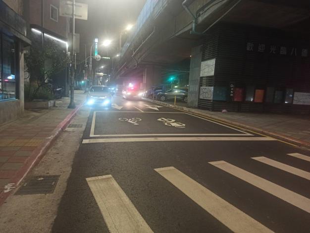 圖3、金山北路路面施工後
