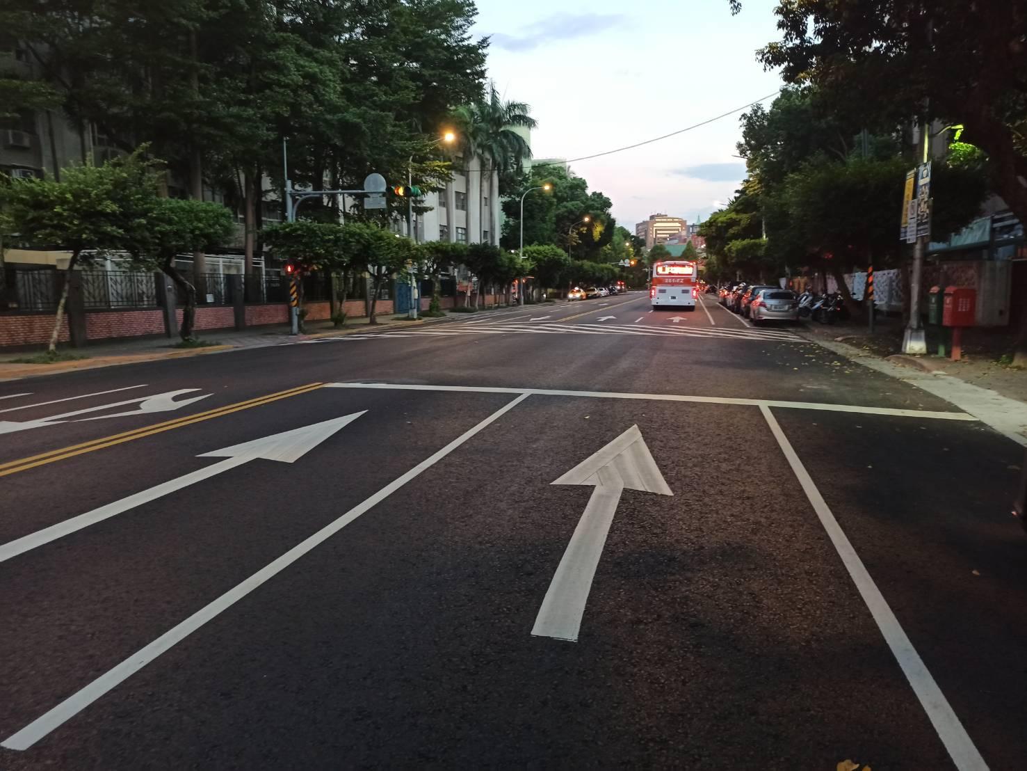 圖4、公園路路面更新完成