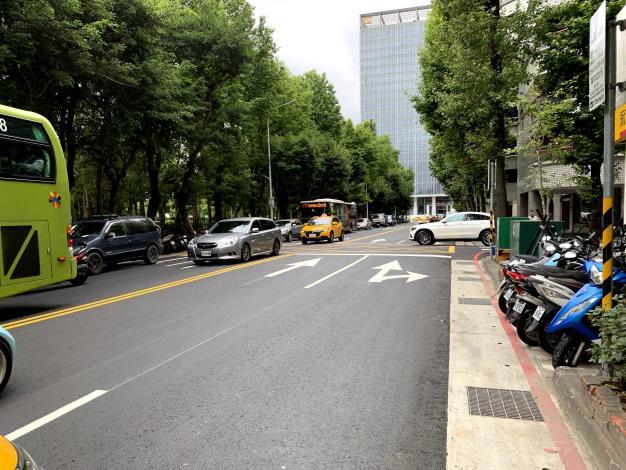圖7 逸仙路(忠孝東路4段至仁愛路4段)施工後照片3.JPG