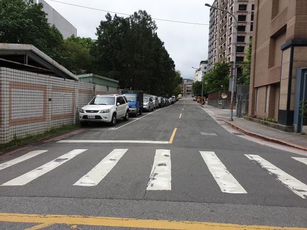 圖3、忠順街2段85巷道路施工前1