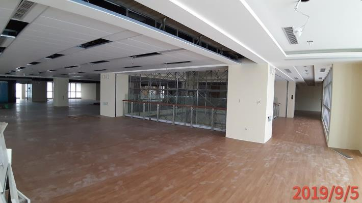 10809-PVC地毯施作