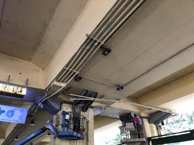 1080812-建國高架橋托做鑽孔