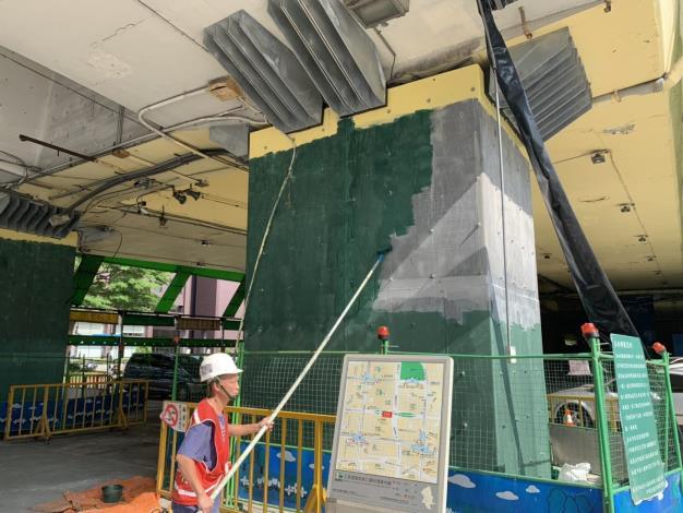 108年5月31日建國高架橋P46 鋼板底漆塗裝
