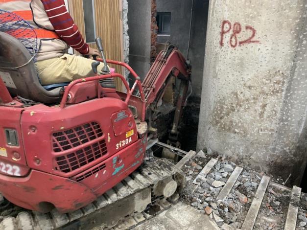 107年12月14日舊環南P82墩柱開挖