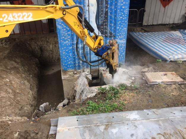 107年11月5日建國高架橋EP17基礎破碎開挖