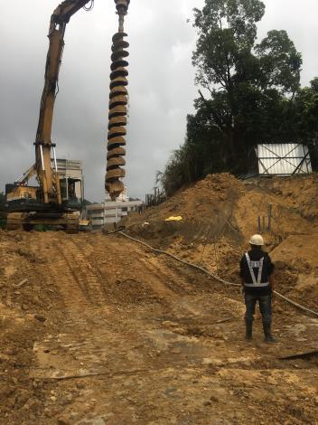 10710-擋土排樁鑽掘