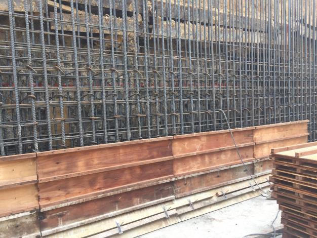 10802-車行箱涵結構側牆構築