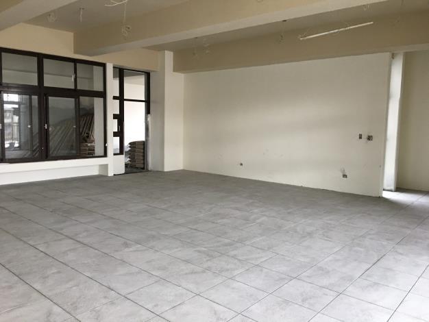 10902-B區室內地磚舖設