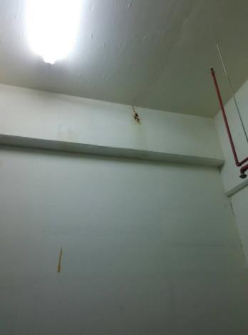 10712-複壁內連續壁漏水修繕工程[開啟新連結]