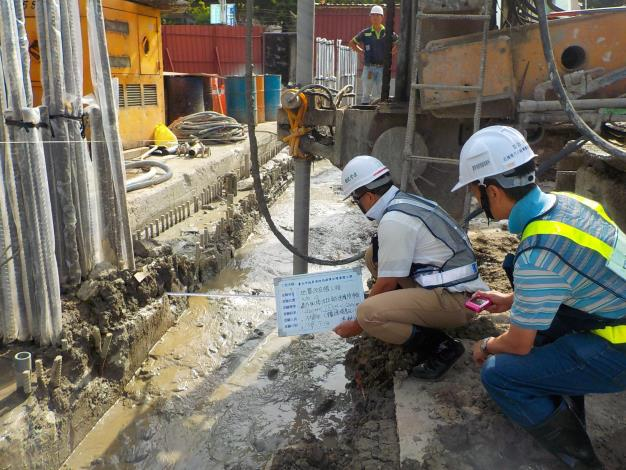 1080713地質改良樁樁距量測