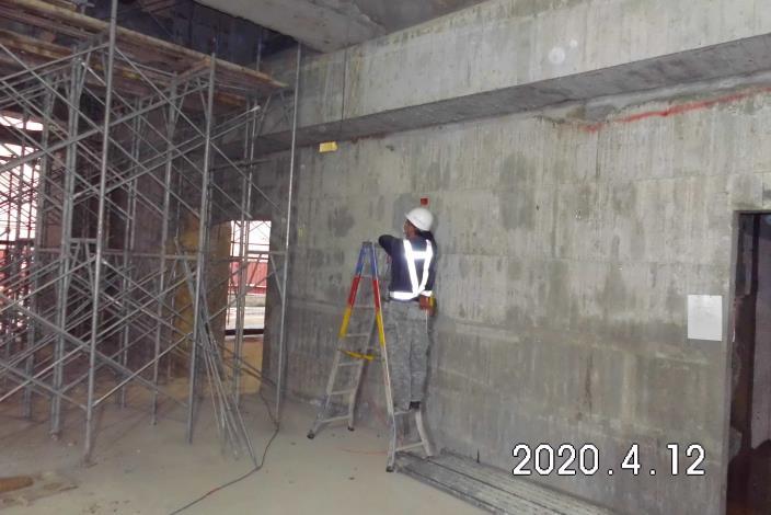 2020-04-12_一樓配線作業.JPG