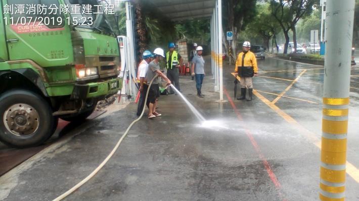 1080711工區外道路清洗 (2)