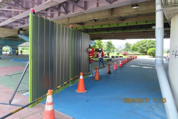 10806-中正橋下圍籬設置
