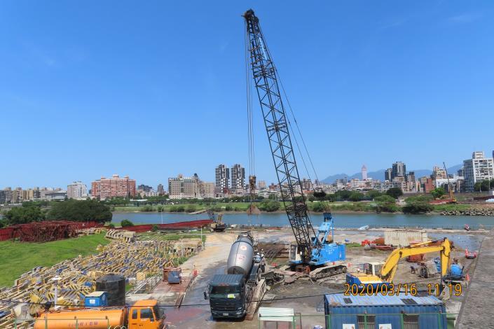 10903-新北端全套管基樁施作